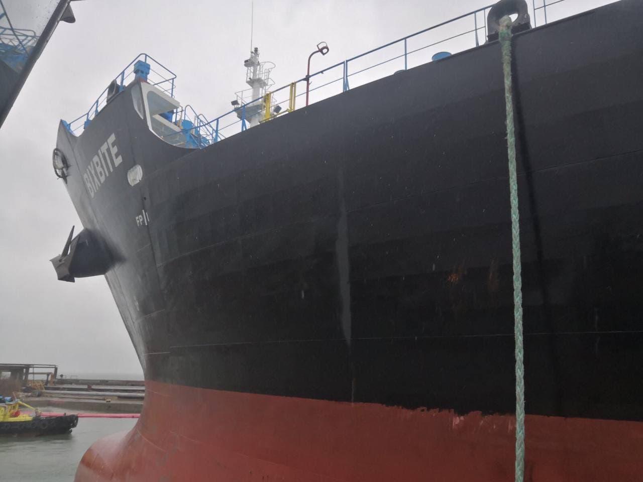 """Перша, більше ніж за рік, буксирувальна операція силами портового флоту ДП """"Одеський порт"""""""